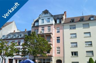 Außenansicht des Wohn- und Geschäftshauses in der Karlsruher Südweststadt